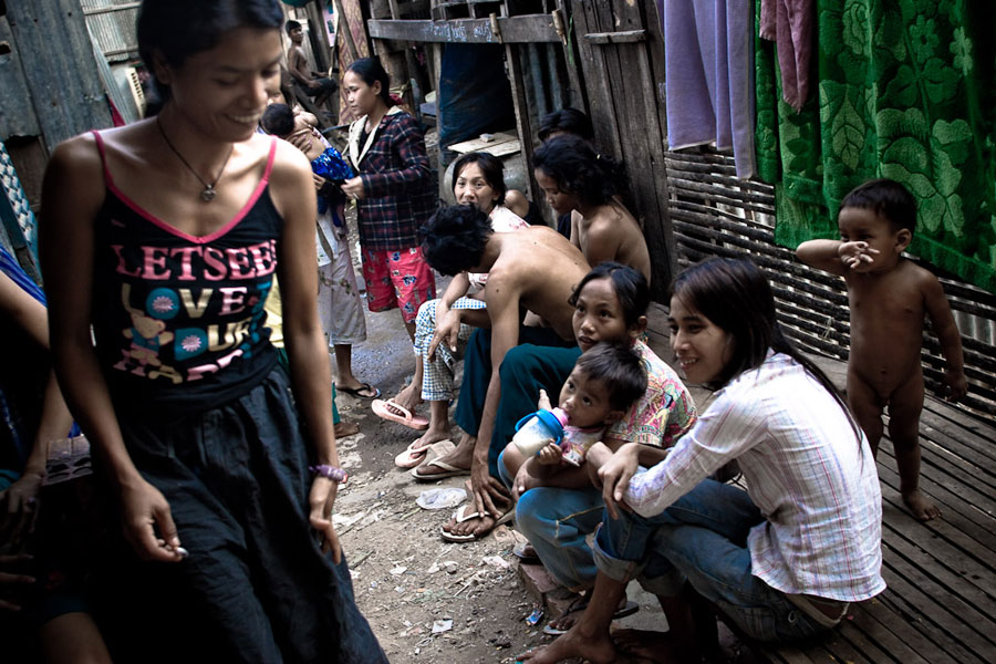 hiv from prostitute in thailand